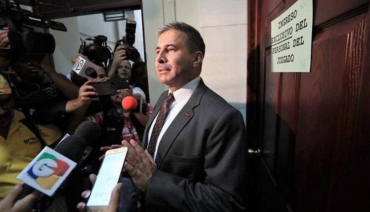 El general Érick Melgar Padilla es señalado por el MP y la Cicig de haber ordenado una investigación paralela por la muerte de su padre. (Foto HemerotecaPL)