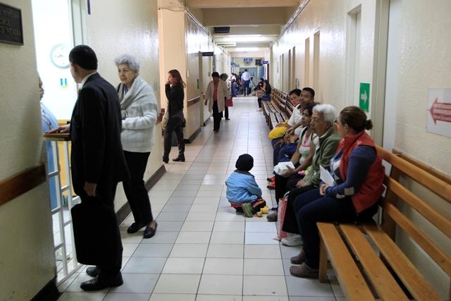 El Hospital Roosevelt afronta una de las peores crisis en su historia. (Foto Prensa Libre: Hemeroteca PL)