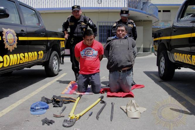 PNC captura a dos supuestos saquedores de viviendas