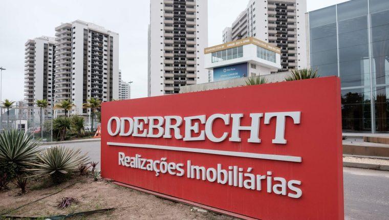 """Odebrecht """"se empeñó en un esquema gigantesco y sin paralelo"""" de sobornos para influenciar contratos y licitaciones """"por más de una década"""", afirmó el Departamento de Justicia. (Foto Prensa Libre: AFP)"""