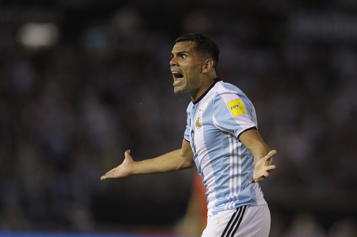 Gabriel Mercado jugó frente a Chile en el Monumental. (Foto Prensa Libre: AFP)