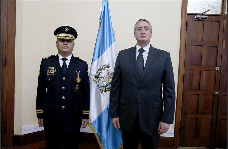 """Ministro de Gobernación justificó como """"normal"""" remoción de cúpula de la PNC"""