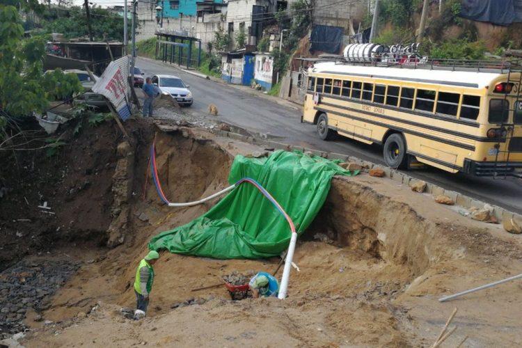 Parte de un taller se vio afectado por el socavamiento en San Pedro Ayampuc.