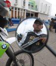 Presentación de los nuevos elementos de la PM de Mixco. (Foto Prensa Libre: Érick Ávila)