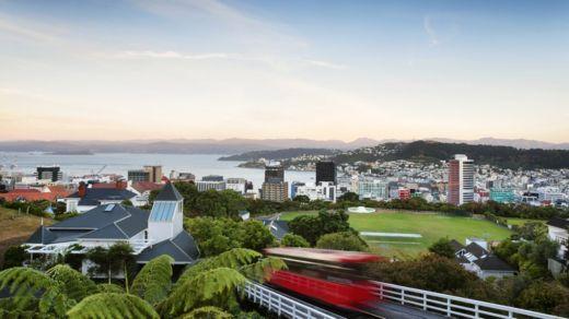 La investigación muestra que los espacios verdes son buenos para los habitantes de las ciudades, una buena noticia para los residentes de Wellington, Nueva Zelanda. GETTY IMAGES