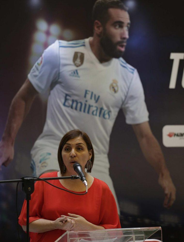 Rosa María del Cid, directora de la empresa Promueve, ofreció una rueda de prensa este lunes en San Salvador para anunciar la llegada de Carvajal a suelo cuscatleco. (Foto Prensa Libre: EFE)