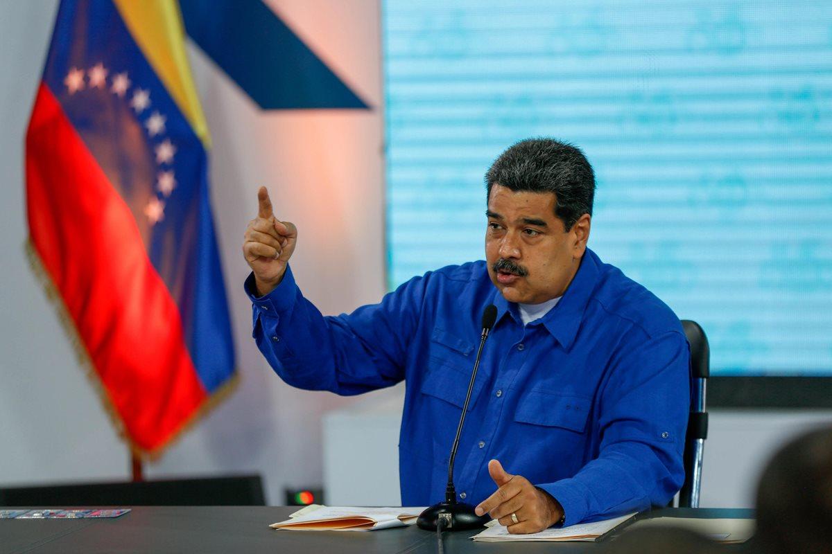 Maduro anunció el aumento del salario mínimo integral un 95%. (Foto Prensa Libre: EFE)