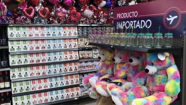 Las tiendas Walmart y Paiz cuentan con un espacio específico para las ofertas del Día del Cariño.