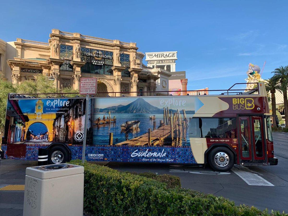 En Las Vegas, Nevada, Estados Unidos, la campaña se encuentra en buses, según las imágenes del Inguat que muestran la promoción (Foto, Prensa Libre: Inguat).