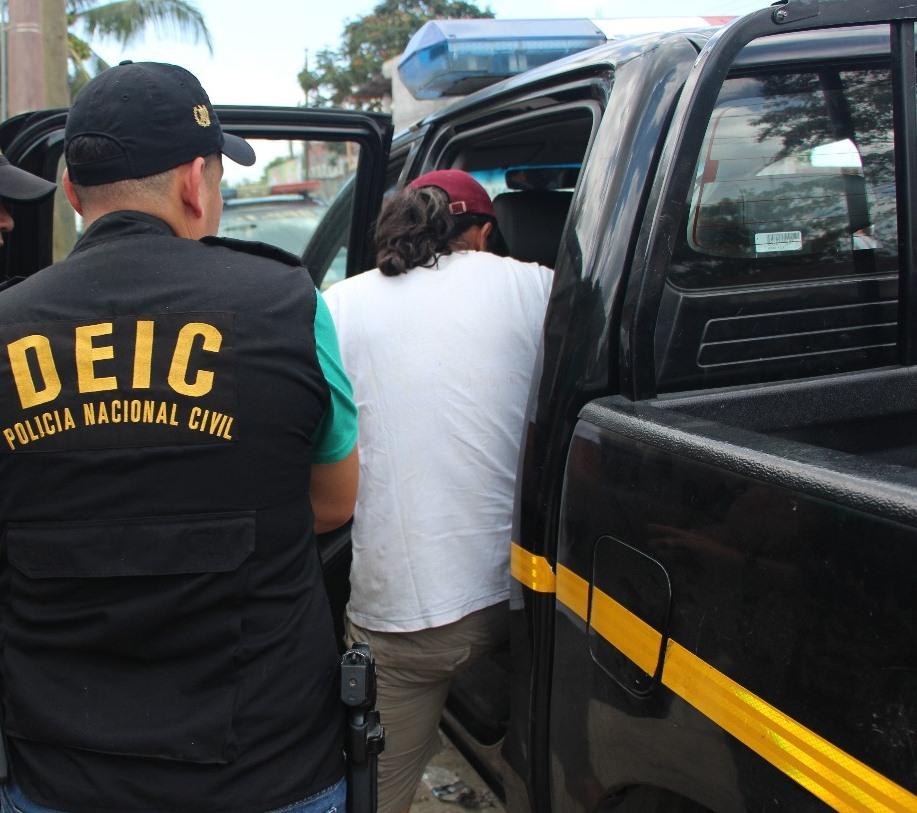 Hombre es capturado con material de pornografía infantil en Santa Elena de la Cruz