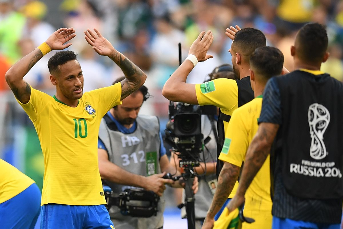 Neymar está haciendo un buen Mundial con Brasil en Rusia. (Foto Prensa Libre: AFP)