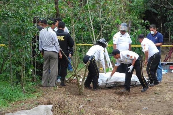 Un hombre fue atacado con machete en un sector de San Juan Alotenango, Sacatepéquez. (Foto Prensa Libre: Miguel López)