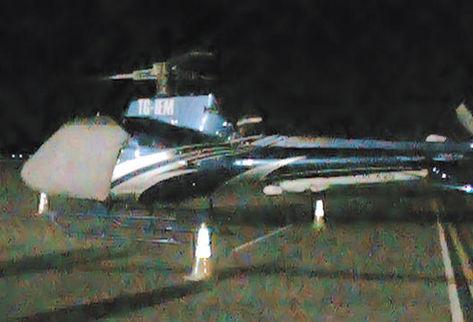 En este helicóptero se transportaba Ponce y otros dos detenidos. (Foto: diario La Prensa hondureña)