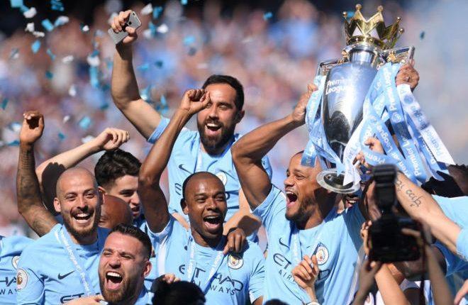 Manchester City recibió el fin de semana el trofeo de campeones de la Liga Premier, pero eso no detuvo su ambición por sumar más récords y establecer nuevas marcas en el fútbol inglés. (Getty)