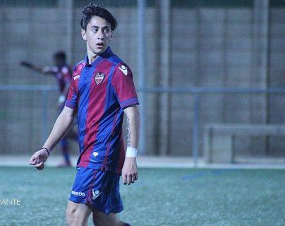 El futbolista guatemalteco Sebastián Laparra se encuentra entrenando desde hace un mes con el Levante de España (Foto Prensa Libre: cortesía)
