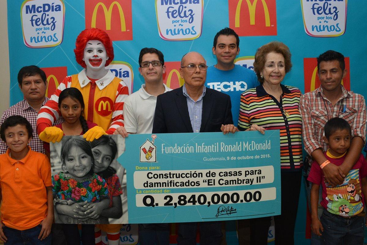 Los organizadores destinaron una cantidad para ayudar a los damnificados en El Cambray II. (Foto Prensa Libre: Cortesía McDonald´s)