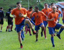 Los cobaneros trabajan con intensidad de cara al torneo Clausura 2017. (Foto Prensa Libre: Eduardo Sam Chun)