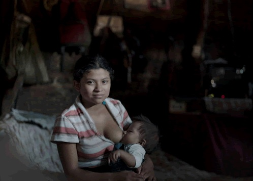 El 25 por ciento de las niñas fueron abusadas sexualmente bajo amenazas por sus padres. (Foto Prensa Libre: Linda Forsell)