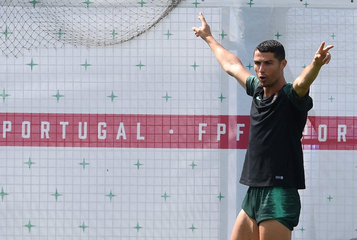 Cristiano Ronaldo fue determinante en la clasificación lusa hacia los octavos de final del Mundial de Rusia 2018. (Foto Prensa Libre: AFP)