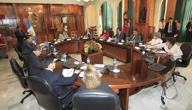 Pleno de magistrados de la CSJ podría decidir esta semana si da trámite al antejuicio contra el presidente Jimmy Morales. (Foto Prensa Libre: Hemeroteca PL)