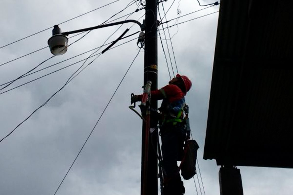 Energuate cancela 172 conexiones ilegales en Barranca de Gálvez