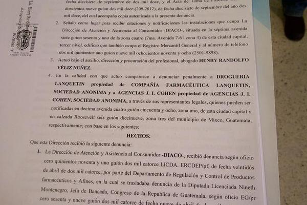 """Denuncia que presentó la Diaco en el MP, contra dos farmacéuticas. (Foto Prensa Libre: Hugo Alvarado)<br _mce_bogus=""""1""""/>"""