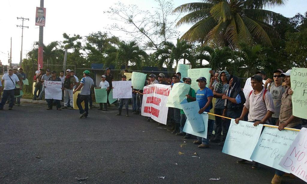 Ocupan instalaciones del aeropuerto Mundo Maya presuntos trabajadores de Repsa