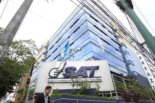 La SAT publicó ayer mediante el acuerdo 174-2014 una modificación a uno anterior que limitaba al sector construcción el perdón tributario (Fotografía Prensa Libre. Archivo)