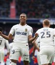 Kylian Mbappé Lottin afianzó el liderato del Mónaco en la Ligue 1. (Foto Prensa Libre: AFP)