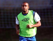 Fredy Thompson llegó a la Selección Nacional para aportar la experiencia y la seguridad en el medio campo. (Foto Prensa Libre: Carlos Vicente)