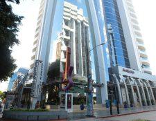 La SAT ocupa seis niveles, del Dubai Center, los locales 108 y 109, además 175 parqueos y seis bodegas. (Foto, Prensa Libre: Álvaro Interiano)