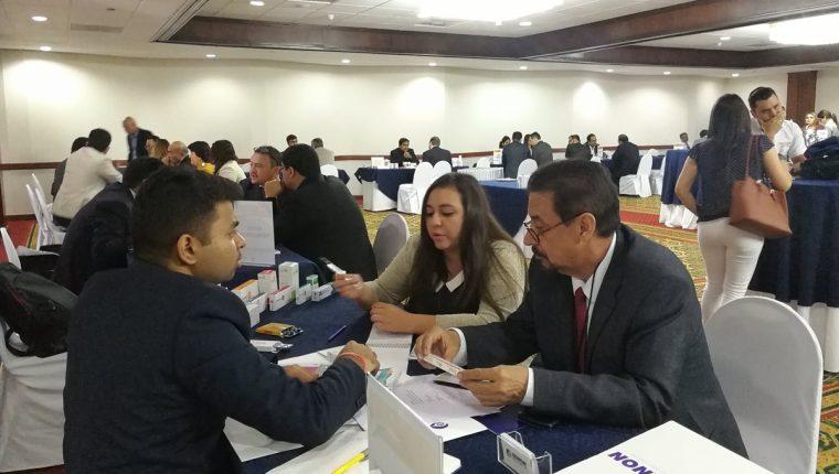 Al menos 340 citas se prevén en las ruedas de negocios entre empresas farmacéuticas de India y empresas interesadas en Guatemala indicó la CCG. (Foto, Prensa Libre: Rosa María Bolaños).