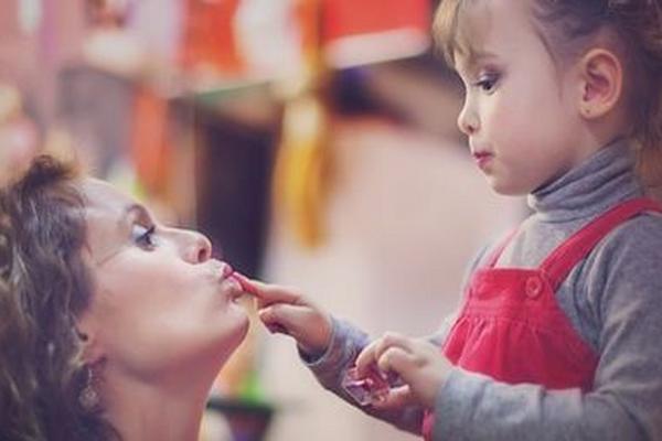 Los padres deben pronunciar bien las palabras y no imitar al niño en la mala pronunciación