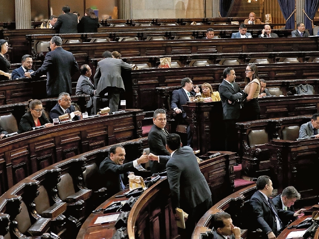 El Congreso debe invalidar los cargos otorgados a diputados tránsfugas. (Foto: Hemeroteca PL)