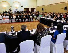 Diversas organizaciones civiles discuten sobre el sector justicia y la lucha contra la impunidad. (Prensa Libre: Edwin Bercián).