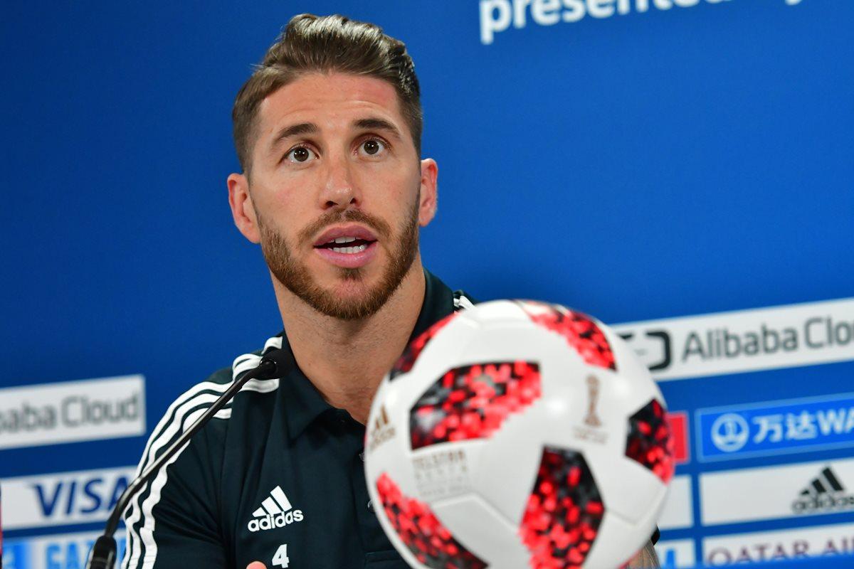Sergio Ramos durante la conferencia de prensa previo a la final del Mundial de Clubes. (Foto Prensa Libre: AFP)
