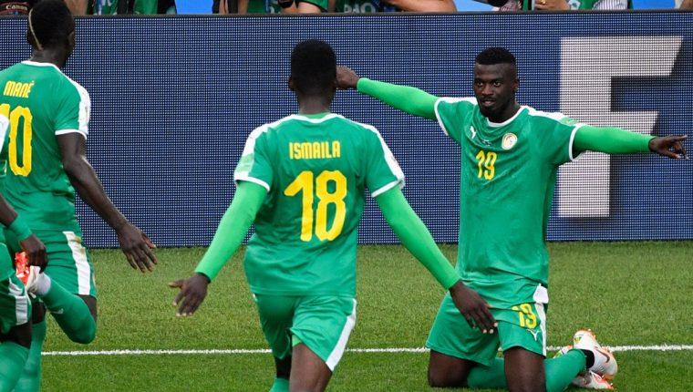 Senegal consiguió la primera victoria para un cuadro africano en Rusia 2018. (Foto Prensa Libre: AFP)