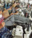 El programa busca que los trabajadores conozcan lo que establece la ley en el sector de maquilas. (Foto Prensa Libre: Hemeroteca PL)