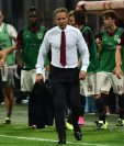 Sinisa Mihajlovic fue destituído como técnico del AC Milán debido a los malos resultados. (Foto Prensa Libre: AFP)