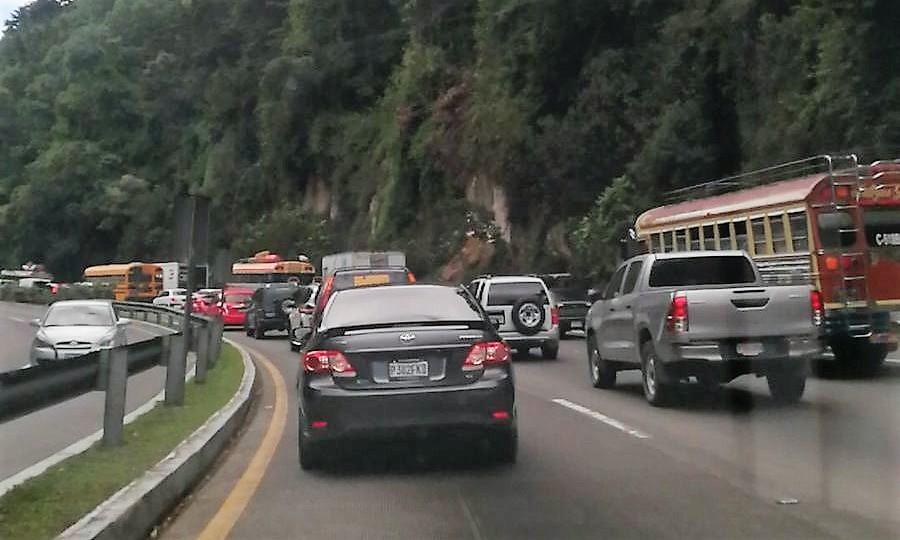 Los atrasos en la construcción del viaducto en San Lucas Sacatepéquez