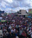 Decenas de pobladores de Ixcán, Quiché, protestan contra la corrupción. (Foto Prensa Libre: Fiscalización Ixcán)
