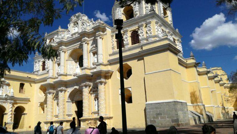 Iglesia Nuestra Señora de Las Mercedes, donde se registró el robo. (Foto Prensa Libre: Miguel López).