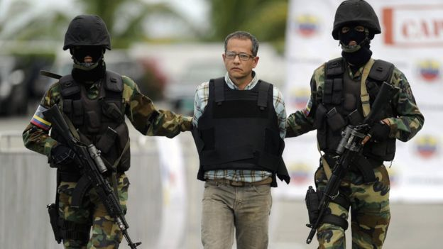 """El exnarco colombiano Jorge Cifuentes le regaló un helicóptero a Guzmán, para aterrizar """"de forma más civilizada"""". GETTY IMAGES"""