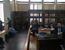 El comienzo del juicio a los implicados en el caso Génesis se suspendió (Foto Prensa Libre: Kenneth Monzón)