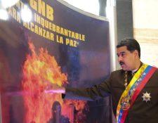 """Nicolás Maduro dijo en una entrevista a una radio de Argentina que """"jamás sacarán a Venezuela del Mercosur"""". (Foto Prensa Libre: EFE)"""