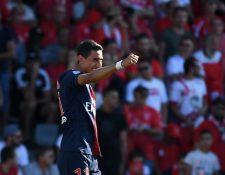Di María celebra después de anotar el 0-2 en favor del París Saint Germaín. (Foto Prensa Libre: AFP)