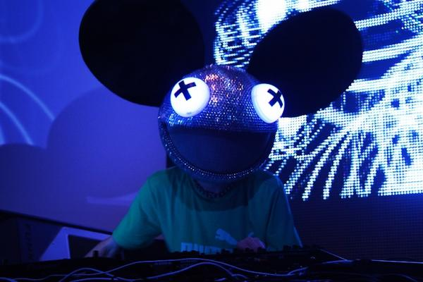 "Deadmau5, DJ canadiense de electrohouse.<br _mce_bogus=""1""/>"