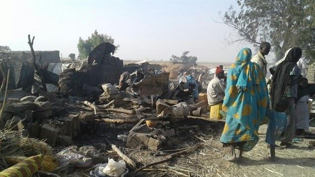Bombardeo por error mata a 90 personas en Nigeria