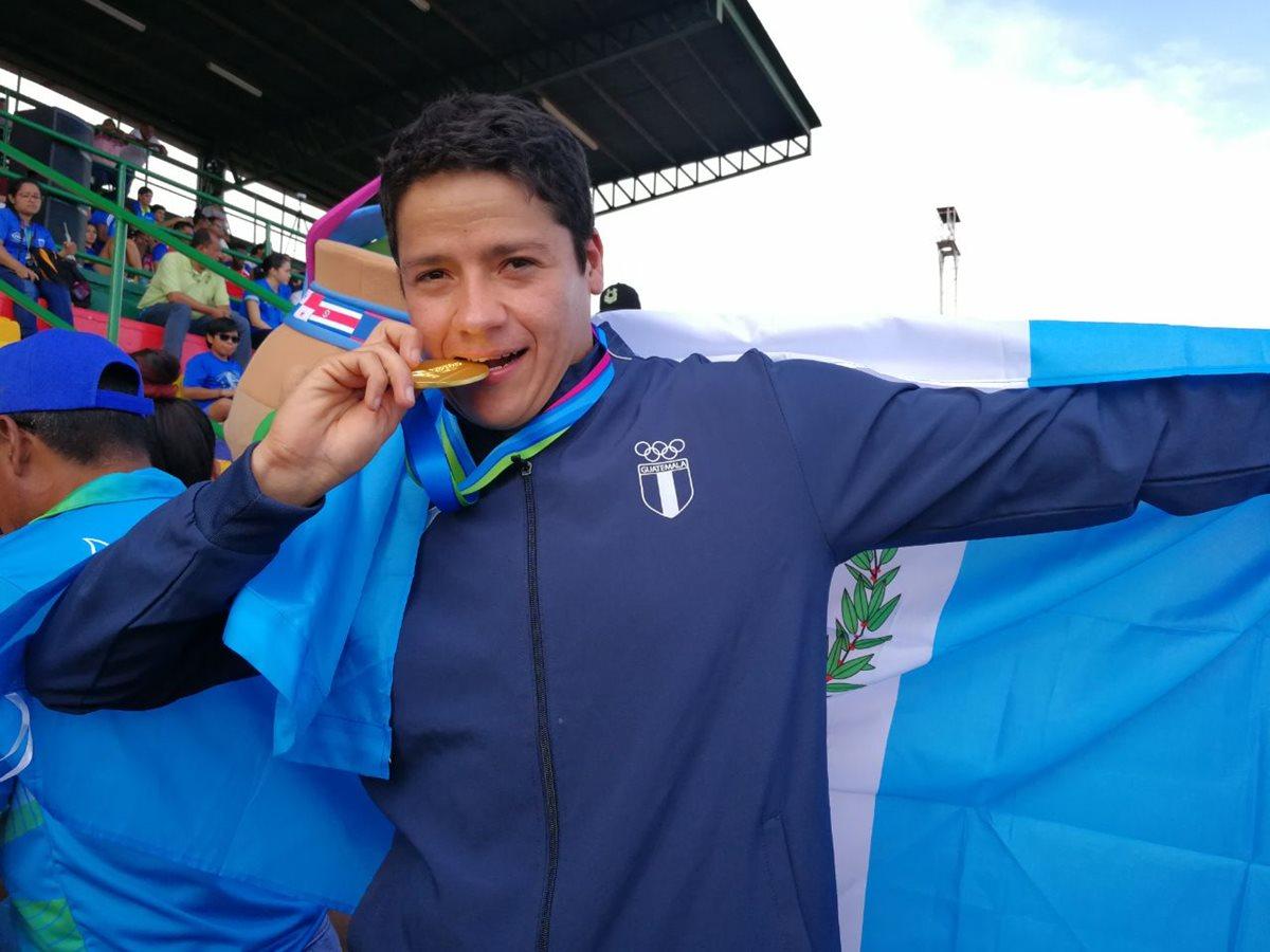 Luis Mario Taracena se consagró en los Juegos Centroamericanos de Managua 2017. (Foto Prensa Libre: Carlos Vicente)