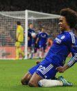 Willian festeja con todo el gol del triunfo para el Chelsea. (Foto Prensa Libre: AP)